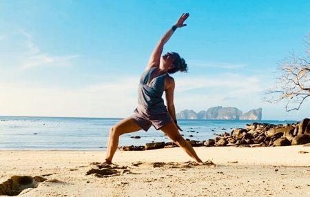 Yoga betyder på Sanskrit: Att oka samman. Att förena kropp och själ för att uppnå fullständig närvaro och upplysning. Yoga är så mycket mer än fysiska rörelser, det är i själva verket en väldigt liten del av vad yoga är. Yoga handlar om att hitta sin inre ro, att lära känna sig själv på djupet […]