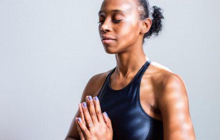 Yoga för cancer eller onkologisk yoga är en yogaform framtagen till dig som genomgår eller genomgått cancer. Du kan vara under behandling eller ha avslutat din behandling. Yogaformen är utformad för att stödja de fysiska, mentala och känslomässiga behov som cancer & dess behandlingar ofta för med sig. Så att du ska kunna läka, bygga […]
